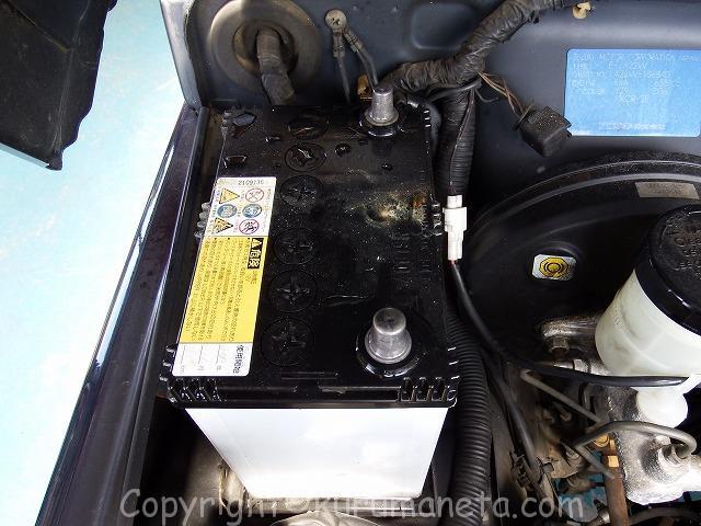 JA22Wジムニーのバッテリー交換方法